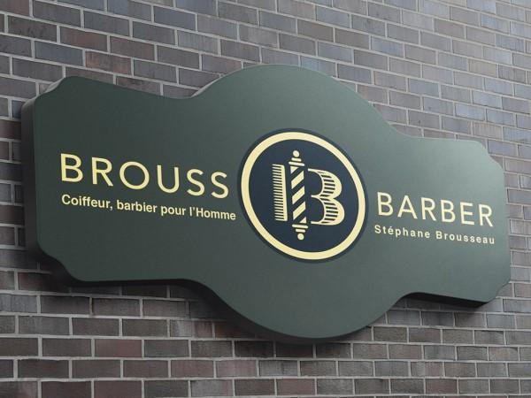 <span>Brouss Barber</span><i>→</i>